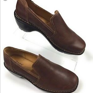 BROWNS LANDING Brown Distress Leather Clog 7.5